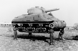 Lifting-an-Inflatable-Tank-620x412
