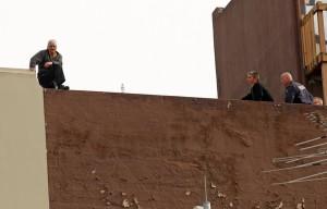 Police+Seal+Off+CBD+Negotiators+Talk+Man+Building+WbNq4gtsjPGl