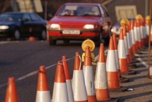 Description=ab23638.jpg AB23638 (RM) Traffic cones along side of road Taxi